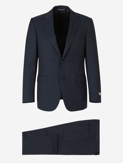 Suit with micro pattern