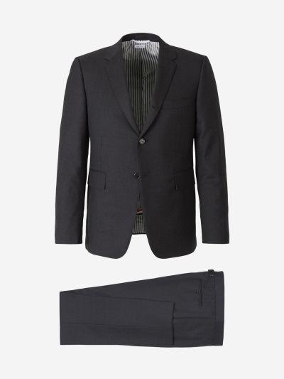 Slim Buttoned Suit