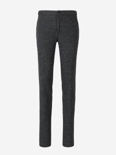 Trousers with micro-pattern