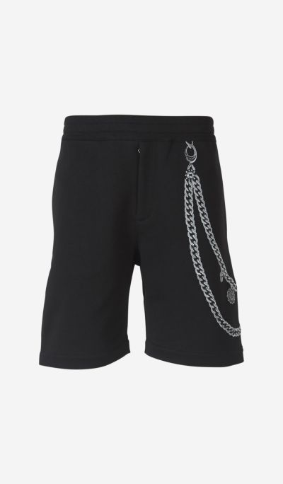 Embroidered Chain Bermuda shorts.
