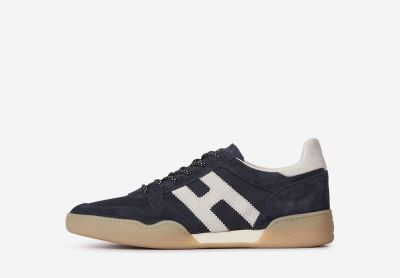 H357 Sporty Sneakers