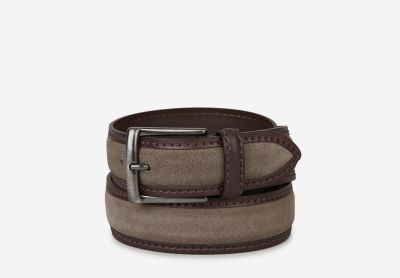 Belt with squared buckle