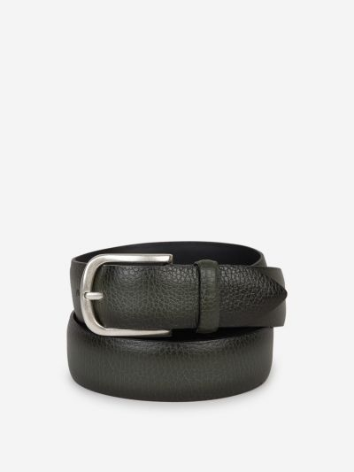 Granulated leather belt