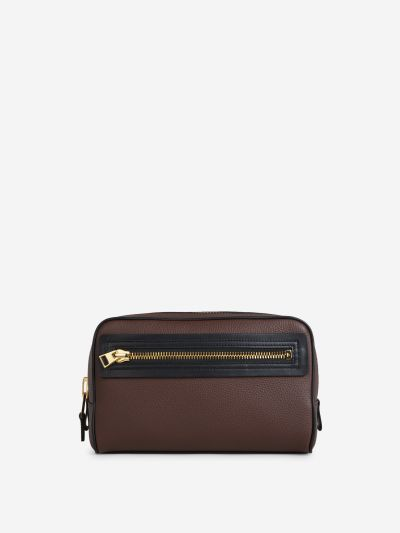 Grainy leather toiletry bag
