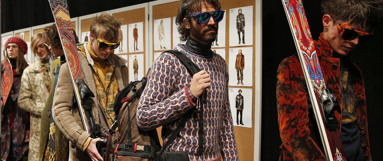 Encontraremos prendas con los estampados más clásicos perfectamente  adaptados al hombre moderno, pero también encontraremos otros estampados  más atrevidos ...